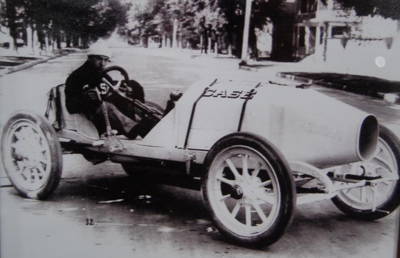 White Streak in 1912 (Jagersberger at wheel) rebodied and rechassied 1911 Indy Car (one of the three built for 1911 Indy 500 maybe the one driven by Jagersberger)  - Case Team