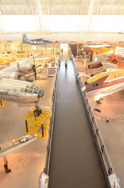 Steven F. Udvar-Hazy Center: South hangar panorama, including gangplank