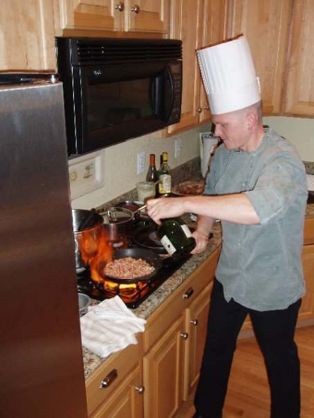 Army chef provides comfort to Soldiers and Families in central Alaska 110914